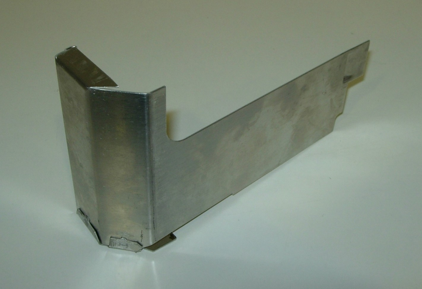 Baffle Plate Aluminium Front Right/Rear Left