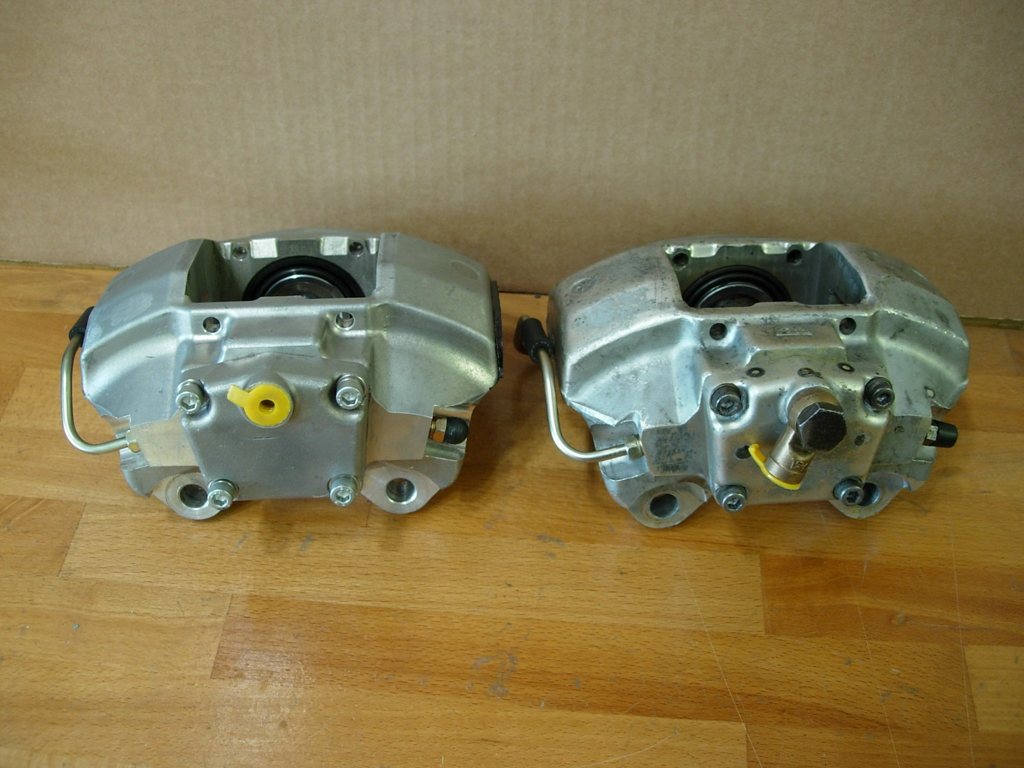 Brake Calipers Set